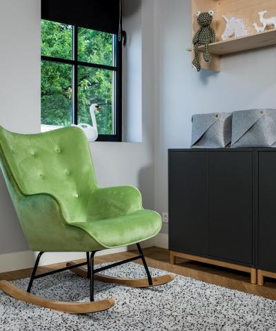 Aemely schommelstoel steerne dino groen velvet